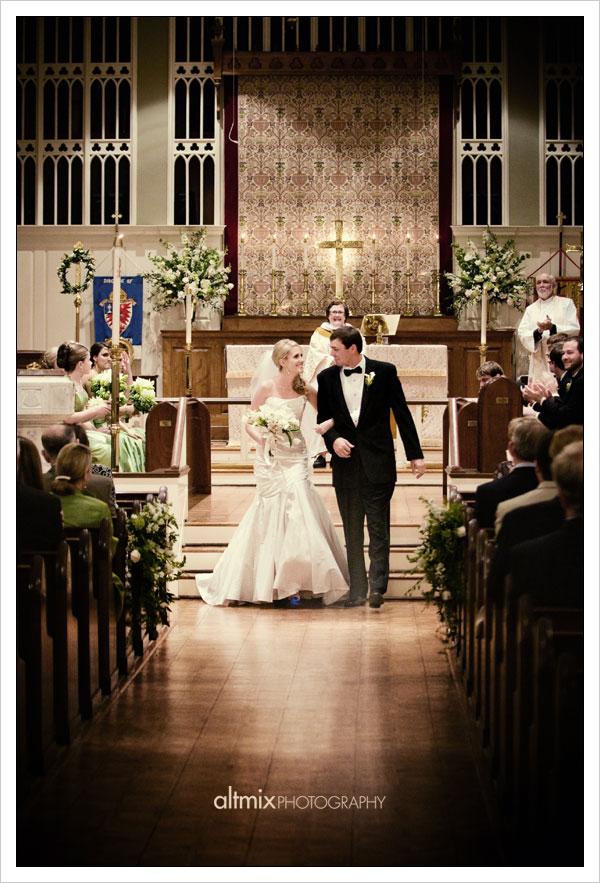 08_green_white_wedding_041809